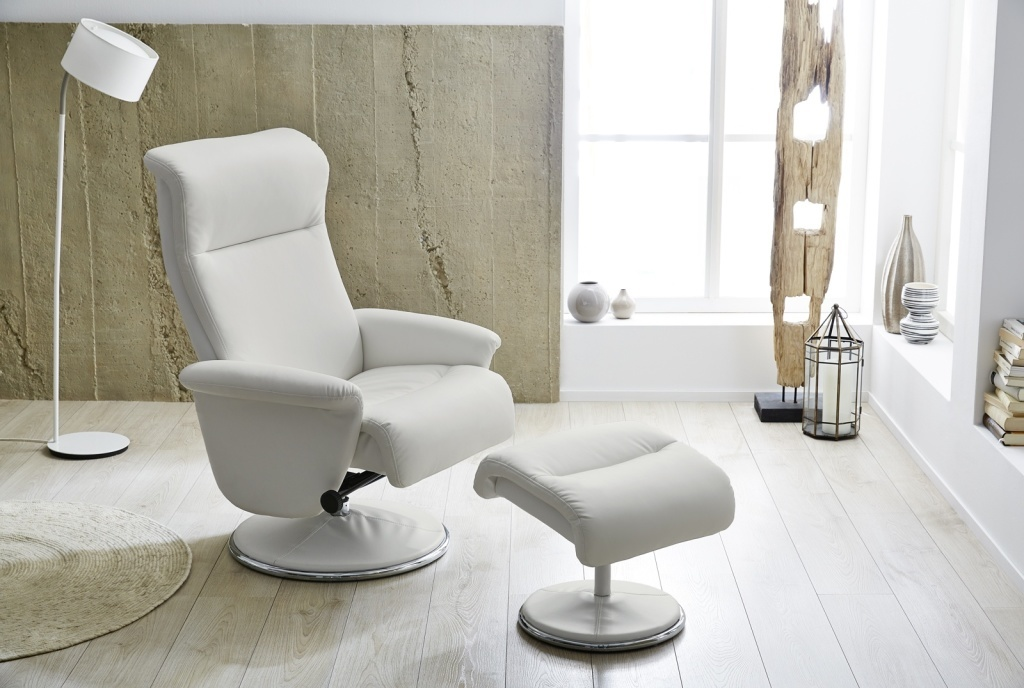 fauteuil relax avec repose pied ricarda ton blanc sb. Black Bedroom Furniture Sets. Home Design Ideas